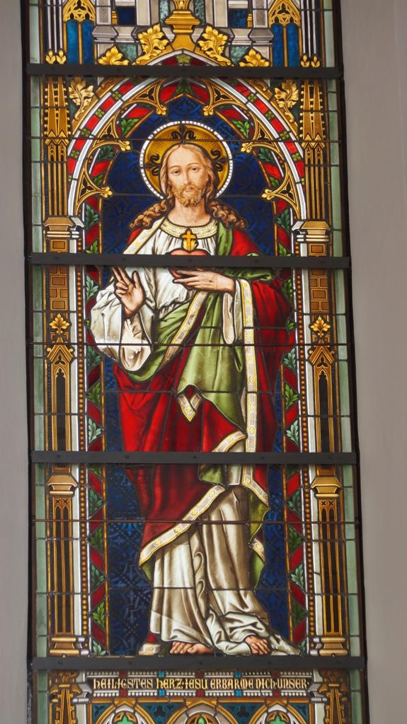 Links Herz Jesu 2
